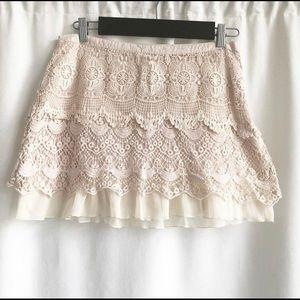 🌷3 FOR $25 SALE🌷Promod Light Blush Crochet Skirt